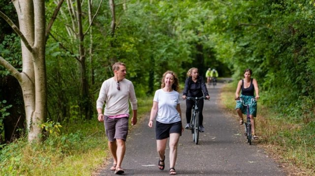 How walking and cycling can help to increase healthy life expectancy